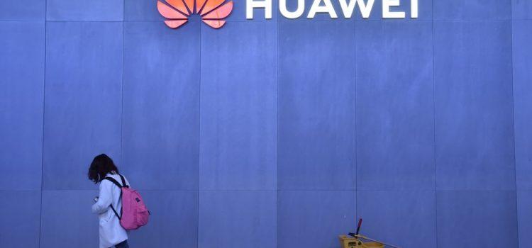 Huawei poursuit le gouvernement américain pour l'interdiction de certains produits
