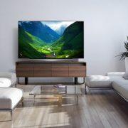 """La TV LG OLED de 77"""" de classe vole la vedette – Obtenez votre TV LGUS dès aujourd'hui chez #BestBuy"""