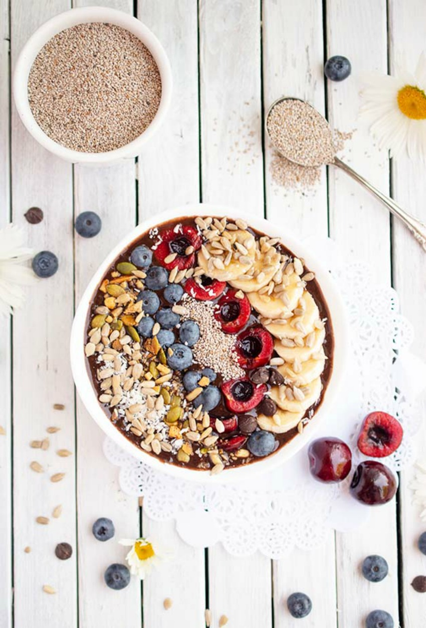 Chocolate Cherry Smoothie Bowl Recipe