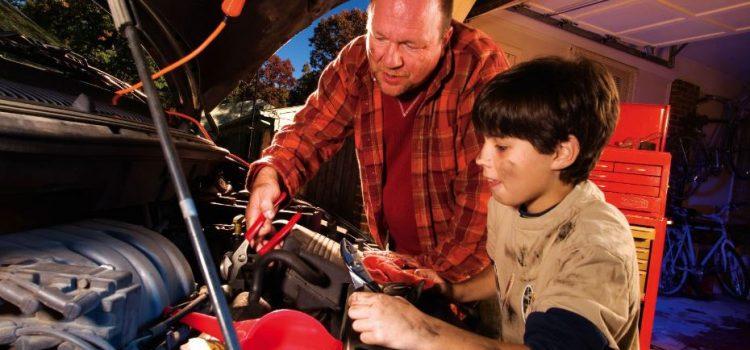 Le lien père-fils : Comment transmettre l'amour de la restauration automatique