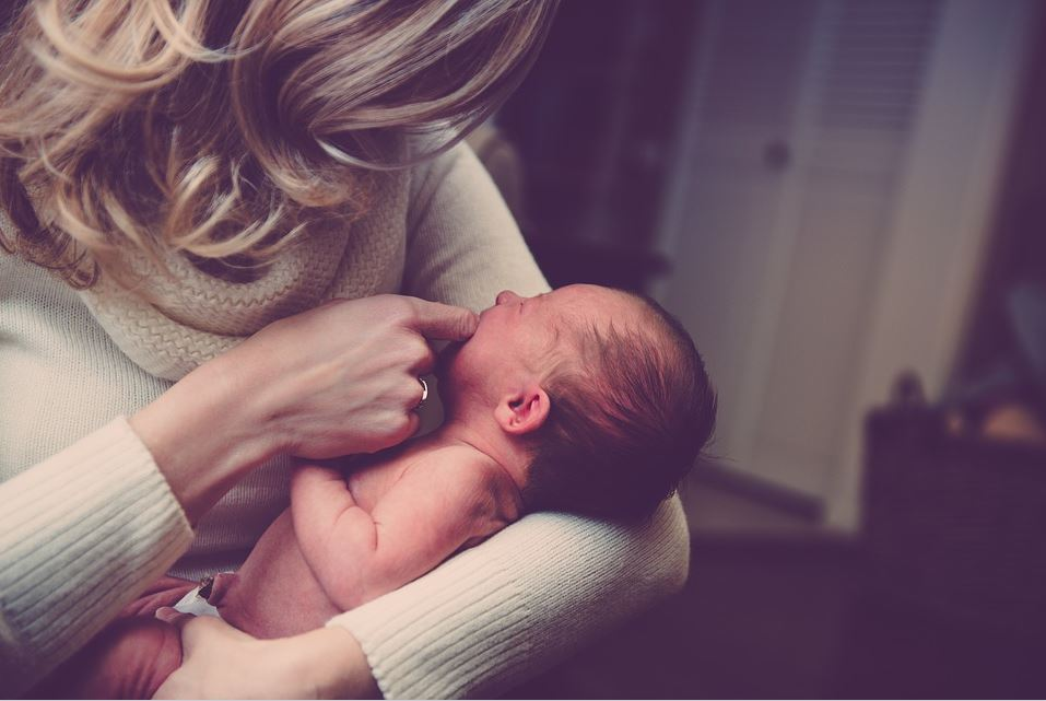 Have You Recently Had a Baby? 4 Ways to Revitalize Your Mommy Body