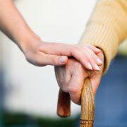 Le coût des soins à donner à vos parents est-il trop élevé ? Lisez ceci !