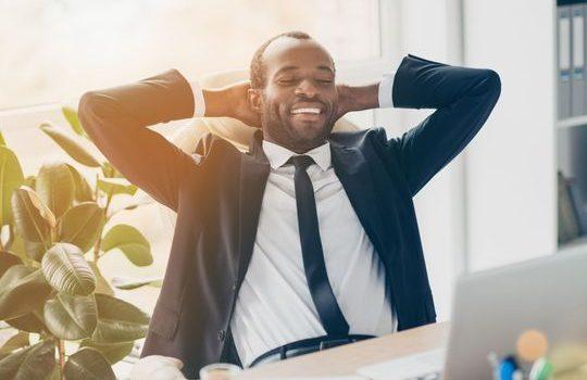 À la recherche d'un meilleur équilibre travail-vie personnelle ? Il peut être payant d'accepter une réduction de salaire pour être plus heureux.