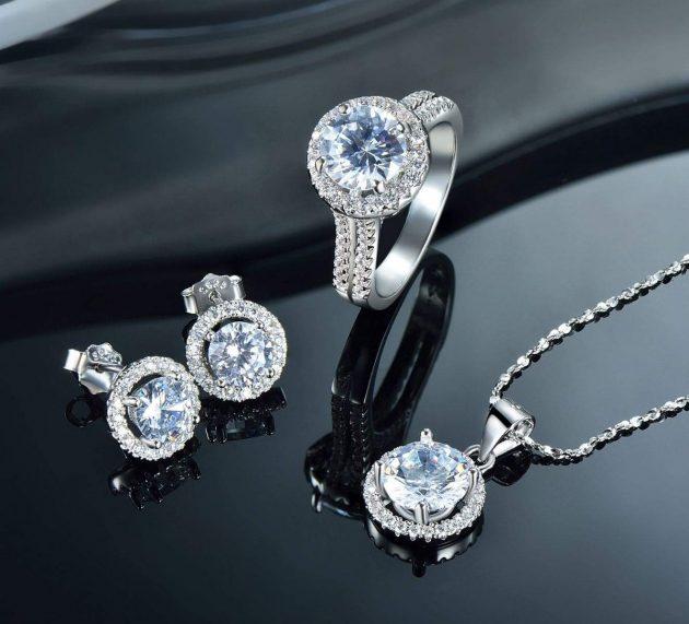 Comment nettoyer et entretenir vos bijoux ?