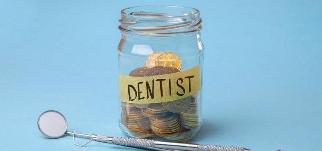 Façons d'économiser de l'argent sur vos factures de soins dentaires