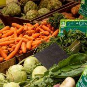 Les avantages de faire ses courses au marché