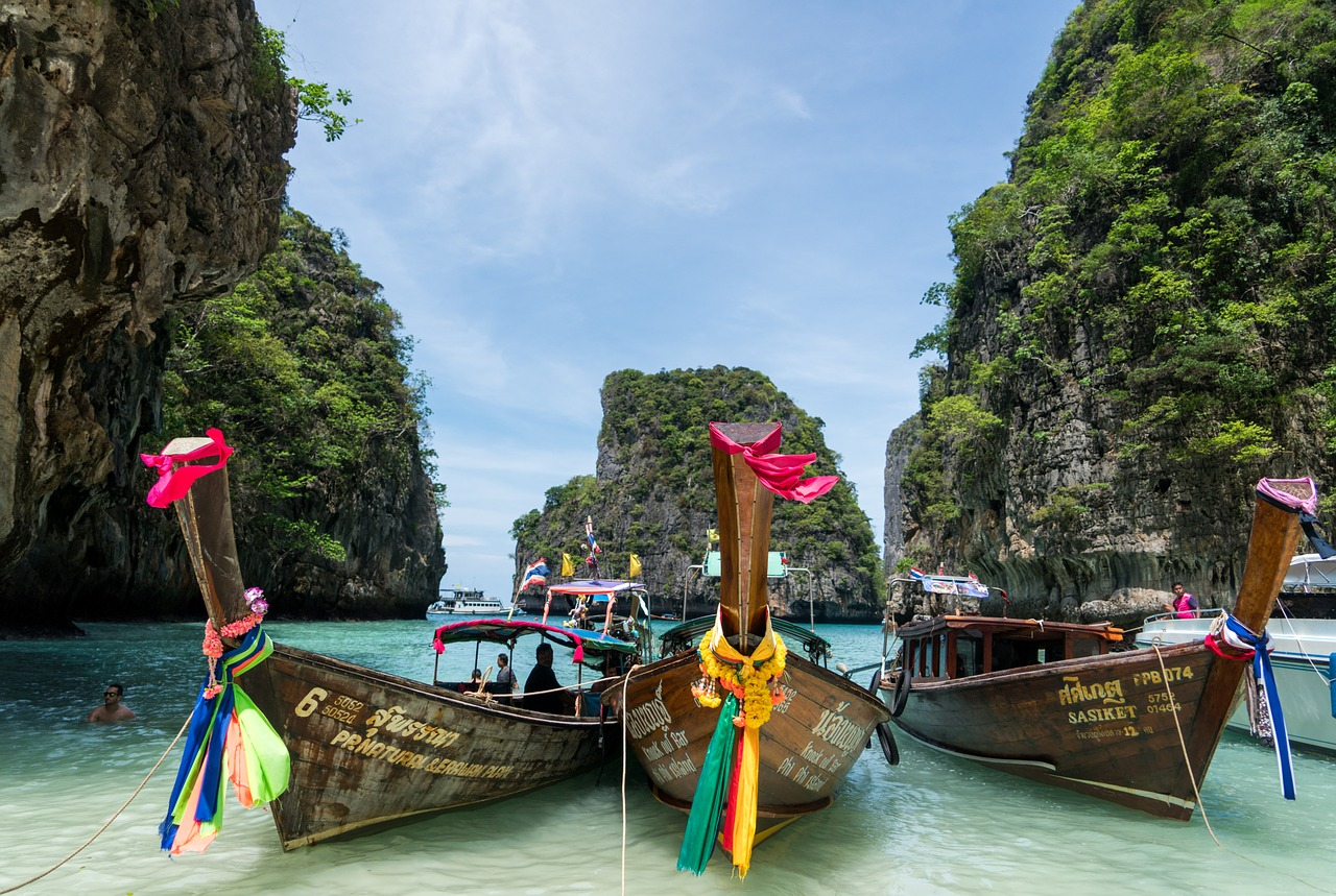 How to Take a Dream Beach Trip in Phuket on a Budget