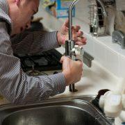 Les 5 principales raisons pour lesquelles vous ne devriez pas prendre la plomberie à la légère