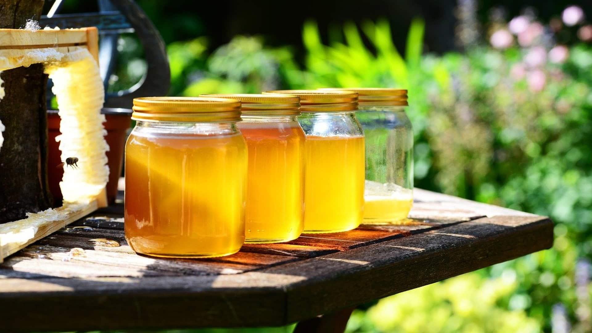 Pourquoi offrir un pot de miel aux invites à son mariage ?