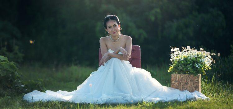 Top quatre raisons pour lesquelles vous devriez acheter votre robe de mariée en ligne